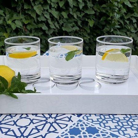 Jordanie : Glass-DOF-Dotted-White-Set of 6