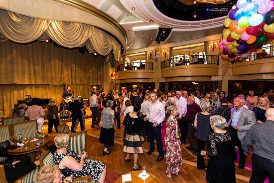 Balloon Drop in the Queens Room on Queen Victoria