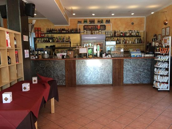 Salizzole, Italy: BAR