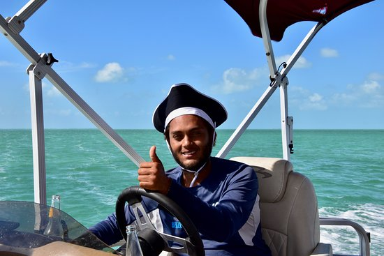 Belize Parasail Plus: Ahoy Captain Victor!  A good day was had by all!