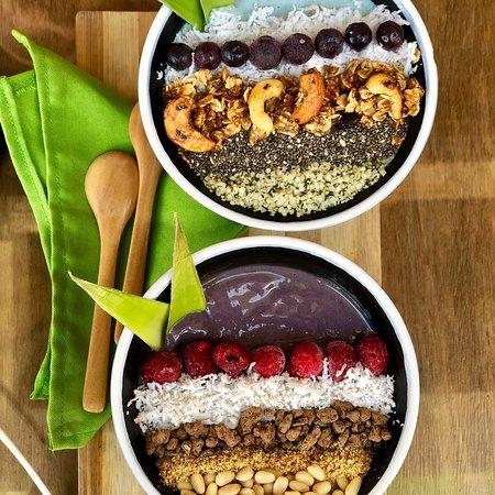 The best El Nido restaurants - Shows breakfast bowls at The Vegan Cafe