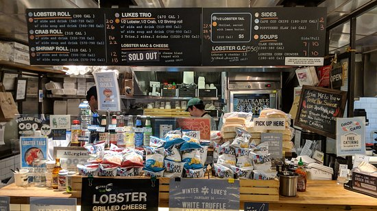 In Food We Trust Culinary Tours: lobster rolls