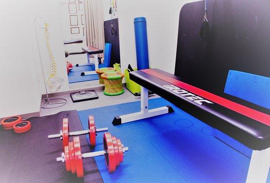 トレーニングコースで弱い筋肉を鍛えて、姿勢維持・スポーツの可動域upに♪