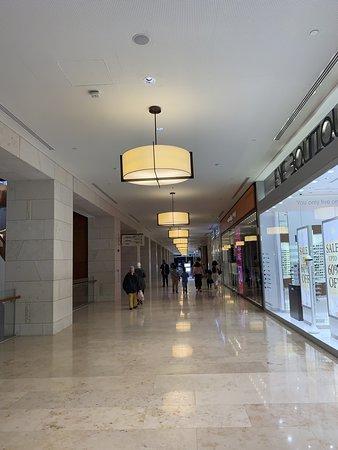 360 Mall: لايزال جيد جد ا مول ٣٦٠