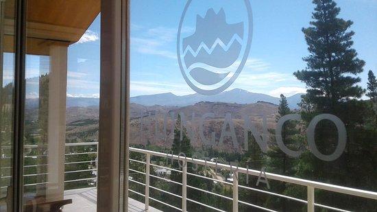 Huinganco, Argentina: Deck superior y sala de lectura