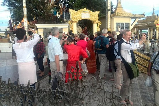 From Yangon: Full Day Excursion to...
