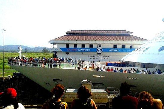Excursión de crucero Colón: recorrido por la ciudad de Panamá y las esclusas de Miraflores: Cruiseline Excursion Colon: Panama City tour and Miraflores Locks