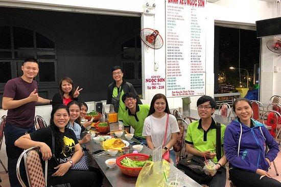 Saigon By Night og Street Food