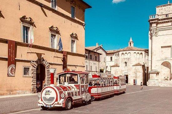 Tour en train touristique d'Ascoli...