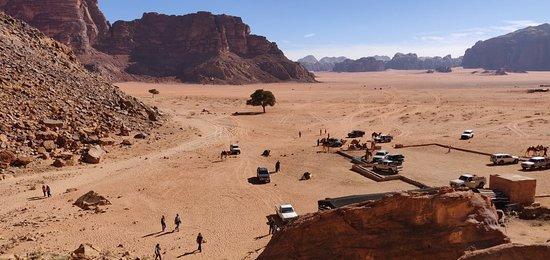 Foto de Día completo a Wadi Rum desde Áqaba