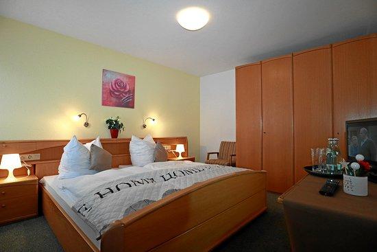 Ohningen, Γερμανία: Hotel mit einfachen Zimmer, alle mit WiFi, TV und Badezimmer
