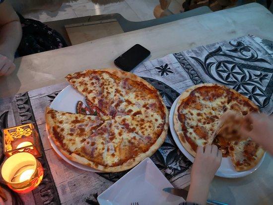 Pizza i do tego grzaniec