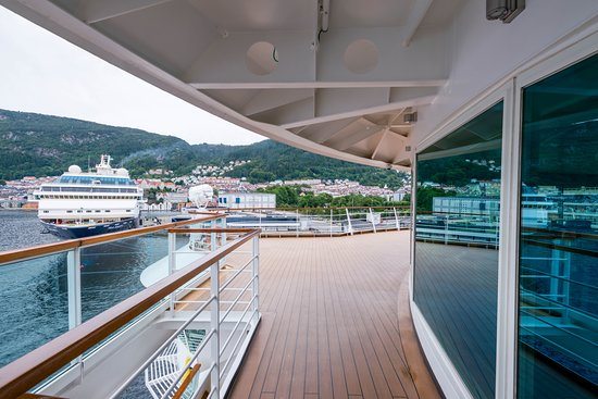 The Sun Decks on Seabourn Quest