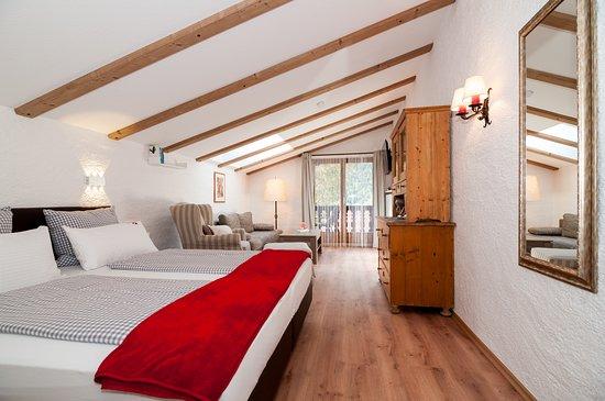 Bayrischzell, Germany: Beispiel Doppelzimmer Superior