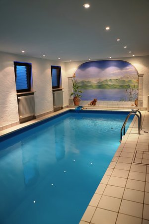 Bayrischzell, Germany: beheizter Pool