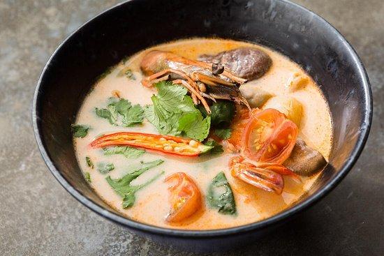 Robata Bar: Том ям с морепродуктами