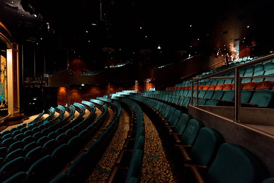 Stardust Theater on Norwegian Pearl