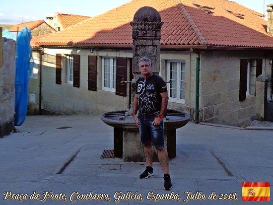 Plaza da Fonte, Combarro, Galícia, Espanha