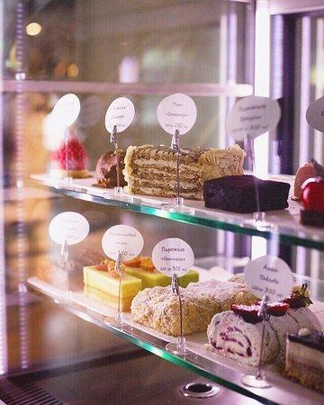 Горячие блюда, закуски, изысканные десерты и прекрасная атмосфера – ждут вас в ресторане Truffo!