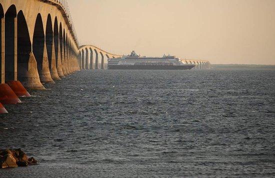 Cape Traverse, Canada : Confederation Bridge