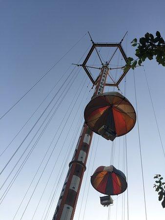 Una de las atracciones antiguas que se pueden encontrar en Luna Park.
