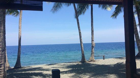 Ampana, อินโดนีเซีย: Blue Layer of the sea