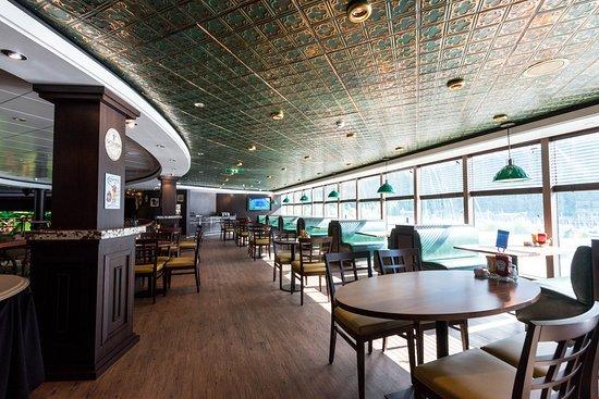 O'Sheehan's Neighborhood Bar & Grill on Norwegian Pearl
