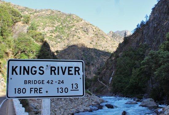 Hume, CA: Kings river
