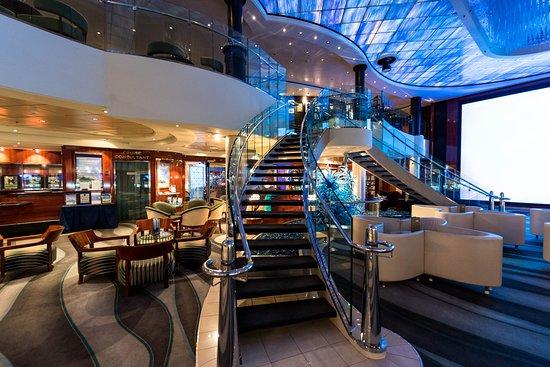 The Atrium on Norwegian Pearl