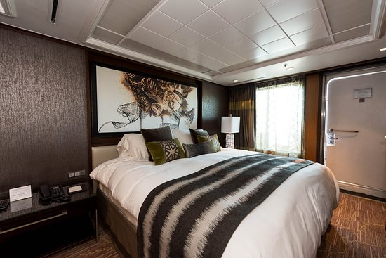 The Haven Owner's Suite on Norwegian Pearl