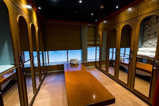 The Fountain of Youth Spa on Carnival Legend