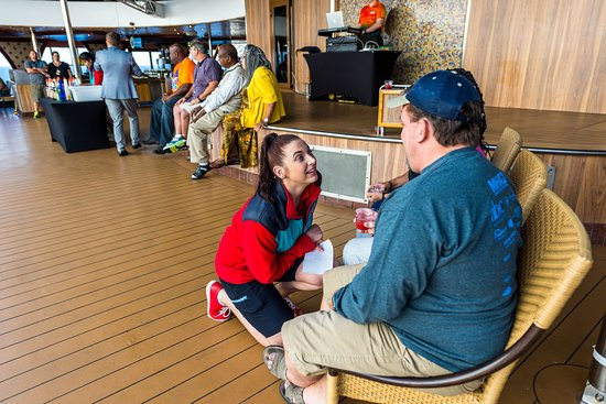 Mixologist Competition on Carnival Legend