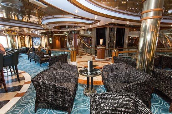 Crooners Bar on Coral Princess