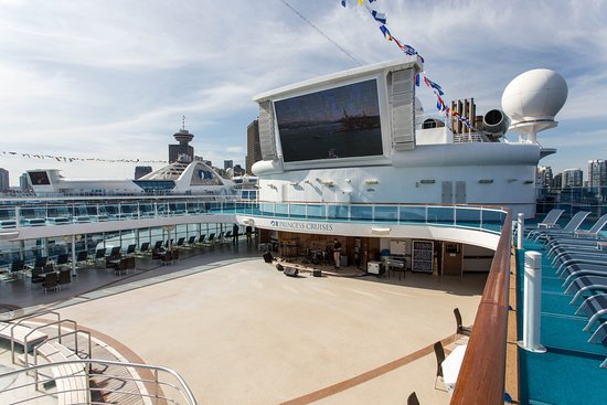 Outdoor Movie Screen on Coral Princess