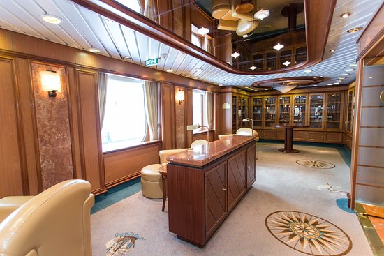 Library on Coral Princess
