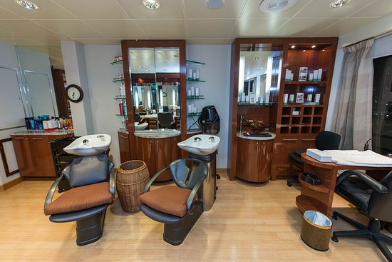 Beauty Salon on Seven Seas Navigator