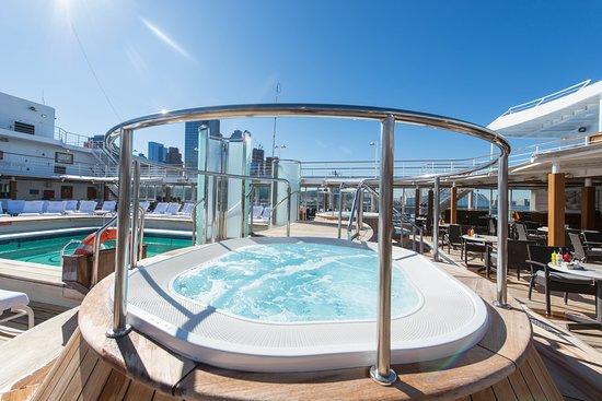 The Pool on Seven Seas Navigator