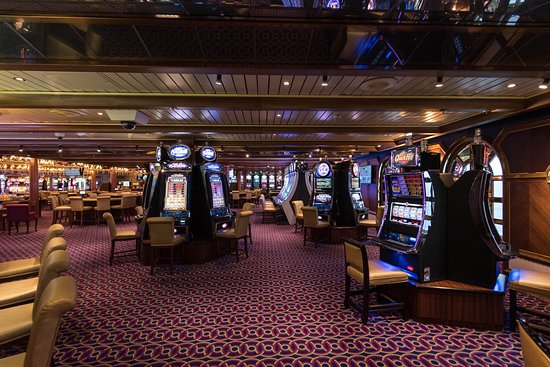 Casino on Carnival Miracle