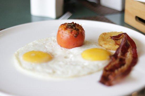 Food - Intercontinental Al Ferdaus: 1