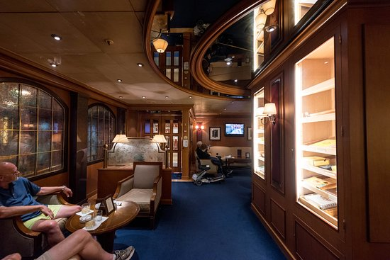 Speakeasy Cigar Lounge on Emerald Princess