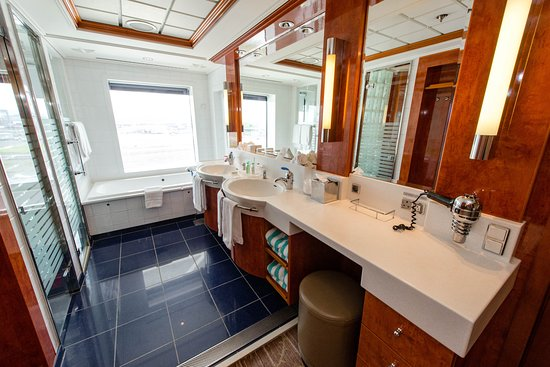 The 2-Bedroom Family Suite on Norwegian Dawn