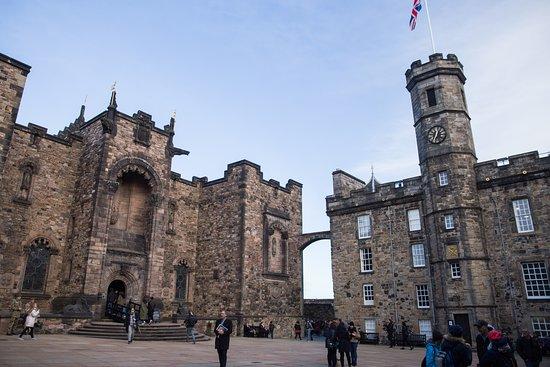 Skip-the-Line Edinburgh Castle...