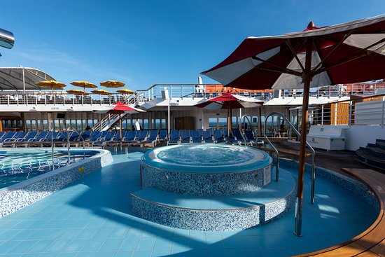 Main Pool on Carnival Elation