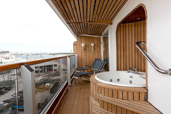 The Pinnacle Suite on Zuiderdam