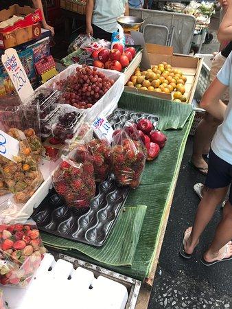 Trok Mor Morning Market