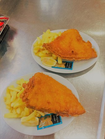 Gary's Fish & Chip Restaurant and Takeaway Clacton: Skate