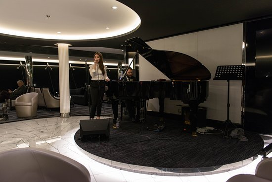 Sky Lounge on MSC Meraviglia