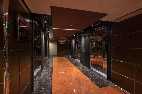 Elevators on MSC Meraviglia