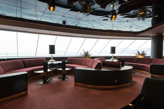 Yacht Club Top Sail Lounge on MSC Meraviglia