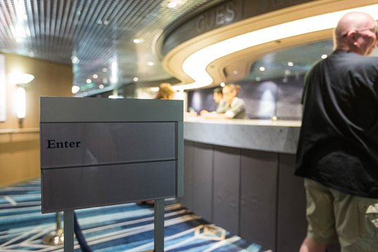 Guest Services on Nieuw Amsterdam